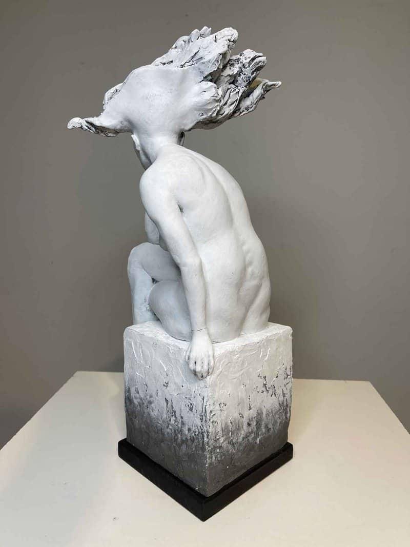 Italian-Brazilian artist Regi Donadio's strident sculptures reimagine the classical female nude with fresh eyes and a distinctly feminist sense of autonomy.